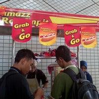 Photo taken at Ayamazz Roti Impit by Firdaus A. on 9/27/2011
