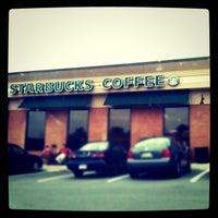 Photo taken at Starbucks by Elliott P. on 6/26/2011