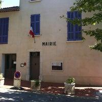 Photo taken at Vins Sur Caramy by Jane C. on 8/5/2012