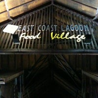 Photo taken at East Coast Lagoon Food Village by Joey L. on 9/15/2011
