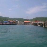 Photo taken at Na Ban Pier by Panumon N. on 10/11/2011