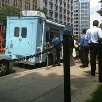 รูปภาพถ่ายที่ DC Empanadas โดย Roy H. เมื่อ 8/10/2011