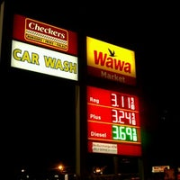 Photo taken at Wawa by Brittainy D. on 12/15/2011