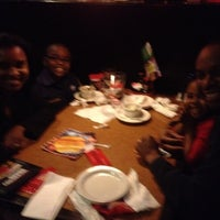 Photo taken at TGI Fridays by Melisa Chioma R. on 3/12/2012