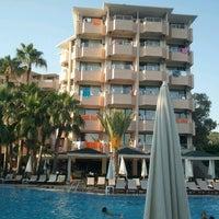 6/21/2012 tarihinde Murat B.ziyaretçi tarafından Aventura Park Hotel'de çekilen fotoğraf