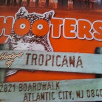Photo taken at Hooters by Mookie B. on 5/13/2012