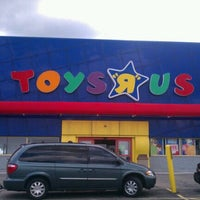 "Photo taken at Toys""R""Us by Lucas G. on 8/12/2011"