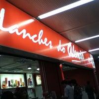 Foto tirada no(a) Lanches do Alemão por Márcia S. em 8/18/2011
