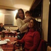 Photo taken at Atolinni Pizzaria by Nilo S. on 9/18/2011