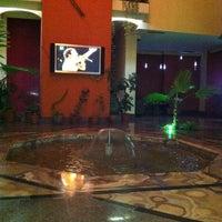 Foto scattata a Ararat Hotel Yerevan da Lel P. il 8/21/2011