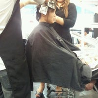 Photo taken at salon de elements by Lee Z. on 11/7/2011