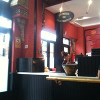 Photo taken at Los 100 montaditos by Paz D. on 8/31/2011