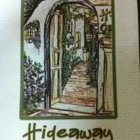 8/27/2012 tarihinde Tanşılziyaretçi tarafından Hideaway Bar & Cafe'de çekilen fotoğraf