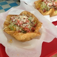 2/1/2012にMo O.がRigoberto's Taco Shopで撮った写真