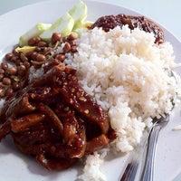 Photo taken at Sri Petaling Morning Market by Calvin G. on 6/8/2012