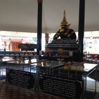 Photo taken at วัดศีรษะทอง (วัดพระราหู) Wat Sisa Thong by OhMmY on 7/28/2012