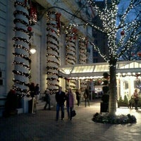 Photo taken at InterContinental The Willard Washington D.C. by Julian M. on 12/23/2011