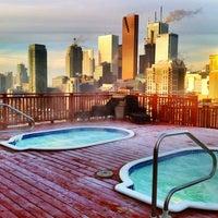 Foto tirada no(a) The Grand Hotel & Suites Toronto por Sophie L. em 3/15/2011