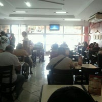 Photo taken at Restaurante Sabor Caseiro by Thiago P. on 1/13/2012