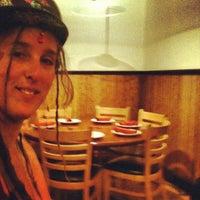 3/9/2012 tarihinde Joshua C.ziyaretçi tarafından Little Ollie's'de çekilen fotoğraf