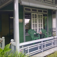 Photo taken at Kawanua Cottage by Andy B. on 8/19/2012