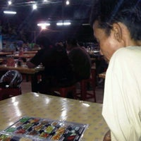 Photo taken at Wong Solo by Irfan R. on 9/26/2011