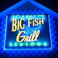 Foto tirada no(a) Big Fish Grill por Harry C. em 8/16/2012