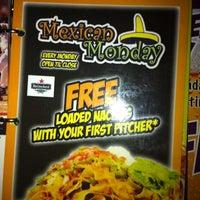 Foto tomada en Flanigan's Seafood Bar & Grill por Marlie's Delights el 8/21/2012