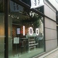 Photo prise au Ginza Graphic Gallery par Sanse T. le10/14/2011