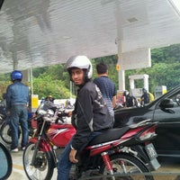 Photo taken at Shell by Izani S. on 1/1/2012