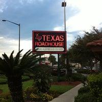 Photo taken at Texas Roadhouse by Threesticks on 9/25/2011