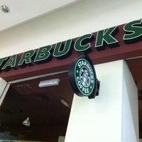 Photo taken at Starbucks by Teng Teng on 3/31/2012
