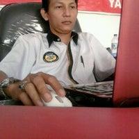 Photo taken at Adira Cabang Mojokerto by Dwi A. on 9/21/2011