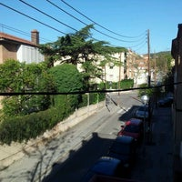 Photo taken at Garden House Hostel Barcelona by Robert K. on 4/7/2012