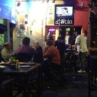 Foto tomada en Utopía Bar por Santiago S. el 5/18/2012