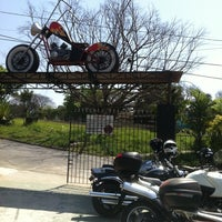Photo taken at Bar e Lava Moto Seca Suvaco by Willians A. on 9/8/2012