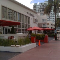 Photo taken at The Catalina Hotel & Beach Club by Rodrigo S. on 8/27/2011