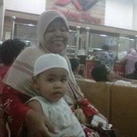 Photo taken at Apotik Kondang Waras by Aryo S. on 4/24/2012