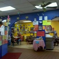 Foto tirada no(a) JV's Mexican Food por Kent S. em 6/11/2011