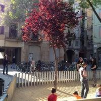 Photo taken at Placa Allada Vermell by Ivan C. on 5/19/2012