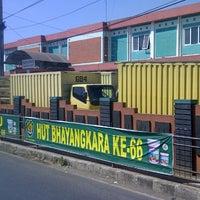 Photo taken at Pasar Malangbong by Daniswara -. on 7/23/2012