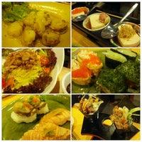 Photo taken at Sushi Nagoyaka Tei 和花亭壽司 by Kevin L. on 5/29/2012