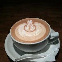 Photo taken at Condesa Coffee by @vtxxlxnk on 3/11/2011