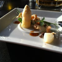 Photo taken at Restaurant Centpourcent by Barre on 4/13/2012