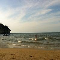 Photo taken at Spiaggia di Procinisco by Armando Z. on 8/14/2012