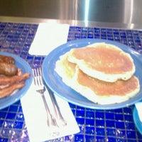 Photo taken at Moonstruck Diner by Desema J. on 6/12/2011
