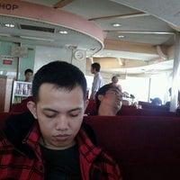 Photo taken at KMP NEW MUNAWAR by Heri Siswanto on 12/2/2011