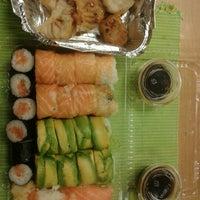 6/17/2012 tarihinde Sergio G.ziyaretçi tarafından Kioto Sushi'de çekilen fotoğraf