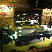 Photo taken at Pete's Dueling Piano Bar by Ashley L. on 11/12/2011