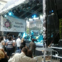 Photo taken at OTP Klub Gourmet Fesztivál by Balint O. on 6/9/2012